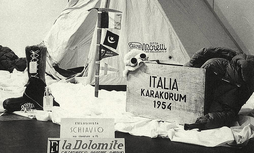 1954 K2 tırmanışında kullanılan dolomite bot