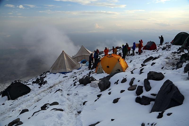 ağrı dağı 4200 kamp alanı