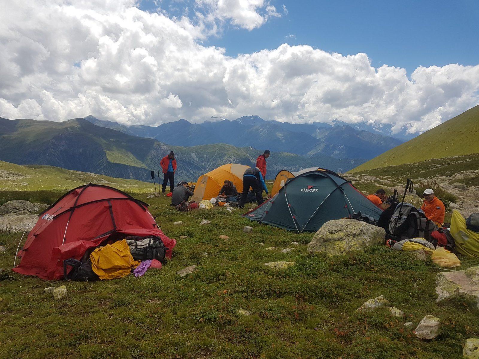 ilk gün kamp alanı