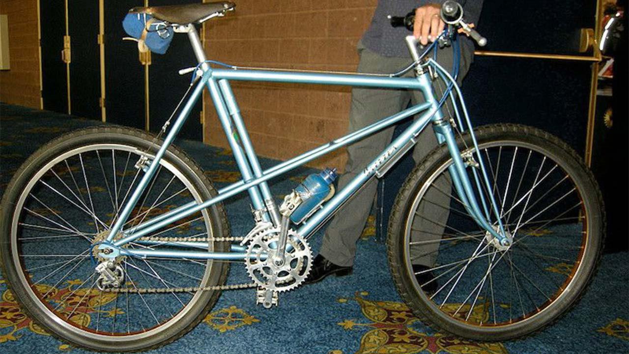 ilk dağ bisikleti