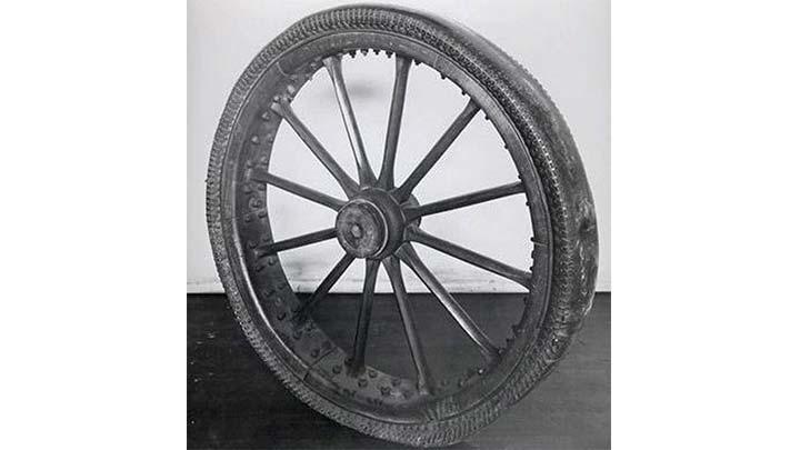 ilk pnimatik bisiklet tekeri